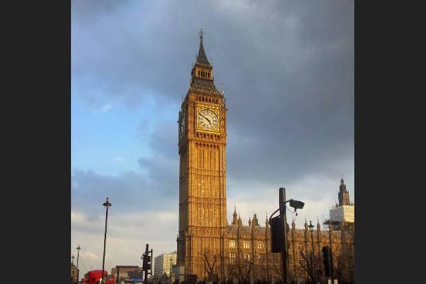 Big Ben klokkentoren Zeg Architectuur